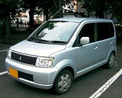 三菱のwkワゴンの写真